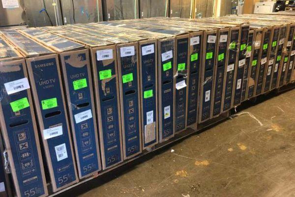 "Brand New Hisense 32"" TV! Open box w/ warranty 7W"
