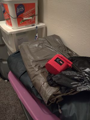 Two air mattresses for Sale in Tacoma, WA