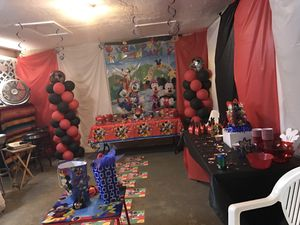 Party decorations!!! for Sale in Largo, FL