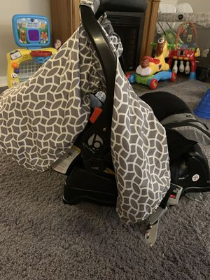 Baby Trend Car Seat for Sale in Miamisburg, OH