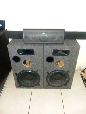 Bluetooth soundbar with hook up for Sale in West Palm Beach, FL