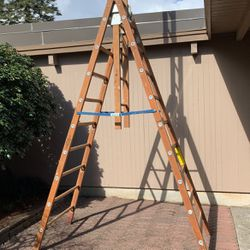10' Wooden Ladder 250# Type 1 Industrial (Tressel) for Sale in Portland,  OR