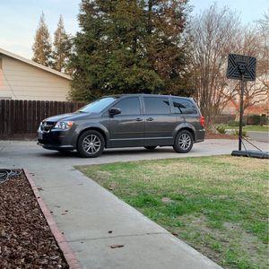 2016 dodge caravan for Sale in Merced, CA