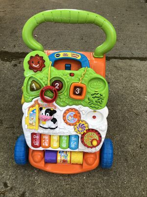 Baby walker toy for Sale in Chicago, IL