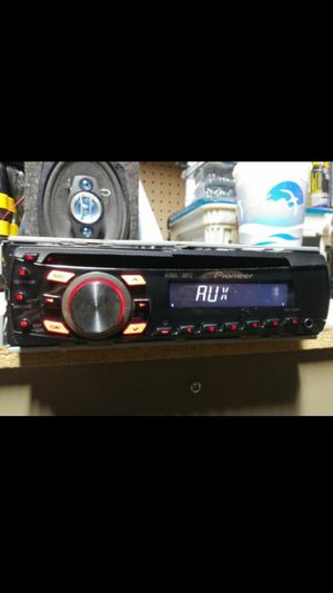 Pioneer DEH-1300MP CD receiver and Auxiliary for Sale in Indianapolis, IN