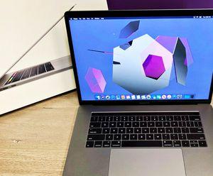 FREE Apple MacBook Pro - 500GB SSD - 16GB RAM DDR3 for Sale in Taylor, WI
