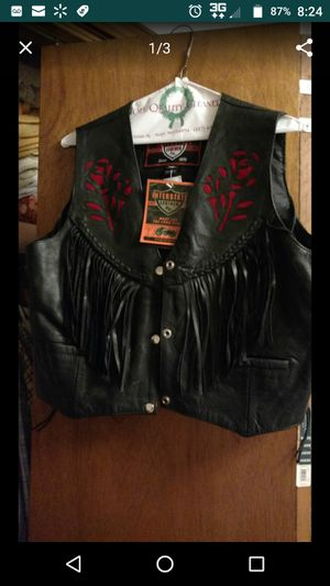 Brand new leather vest for Sale in Goodman, MO