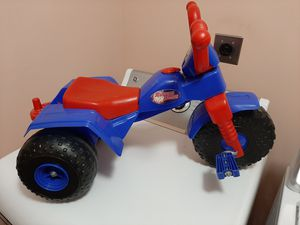Toddlers Blue/Red Plastic Tricycle for Sale in Millersville, PA