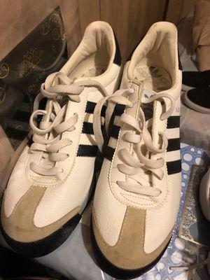 Adidas tenis Samoa for Sale in Detroit, MI