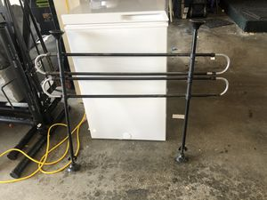 Pet barrier for suv/crossover for Sale in Tacoma, WA