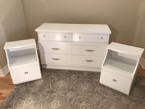 MCM 6 drawer dresser and 2 nightstands- just refinished! for Sale in Bothell, WA