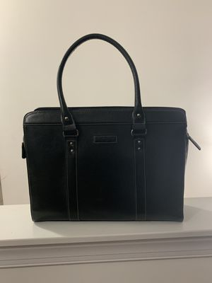 Black tote bag to carry laptop in for Sale in Knightdale, NC