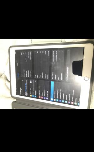 iPad 7 th generation for Sale in Tampa, FL