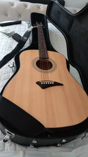 Dean ak48pk acoustic guitar with hardcase for Sale in West Bloomfield Township, MI