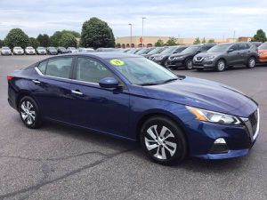 2019 Nissan Altima for Sale in Crystal Lake, IL