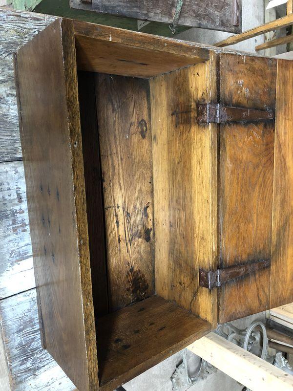 Antique Dovetailed Oak Box