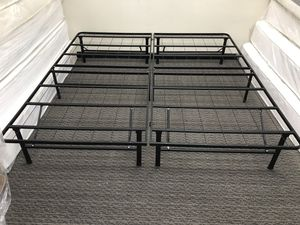 King size folding frame for Sale in Florissant, MO