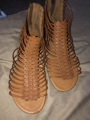 Free size 9 sandals for Sale in Pomona, CA