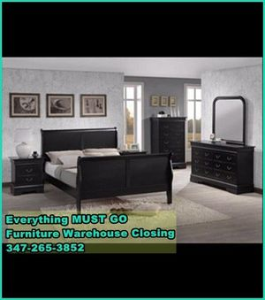 Louis Philippe bedroom set. Must Go for Sale in Queens, NY