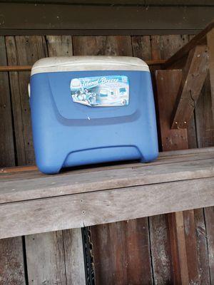 Cooler good shape for Sale in Cadiz, OH