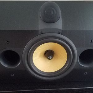 Bowers and wilkins center channel speaker for Sale in Miami, FL