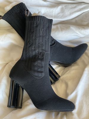 Lv boots size 36 for Sale in Las Vegas, NV