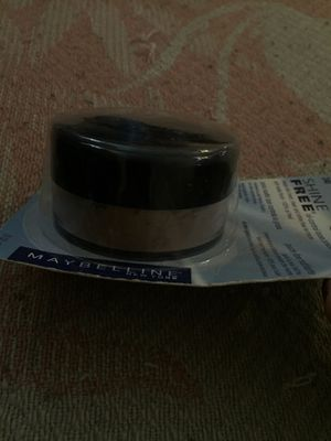 Maybelline shine free for Sale in Compton, CA