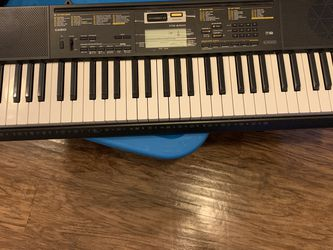 Casio Keyboard for Sale in Alexandria,  VA