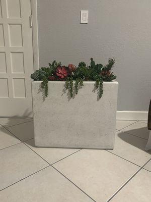 $300 for Sale in Hialeah, FL