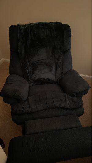 The Berkline Corporation Lazyboy chair for Sale in Hampton, VA