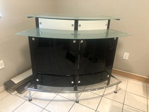 NEW INDOOR Arched 1 Shelf Bar/Glass Top/Chrome/Gloss Black for Sale in Hialeah, FL