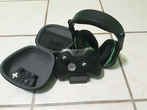 Elite controller with Turtle Beach headset and charging baterries for Sale in Houston, TX