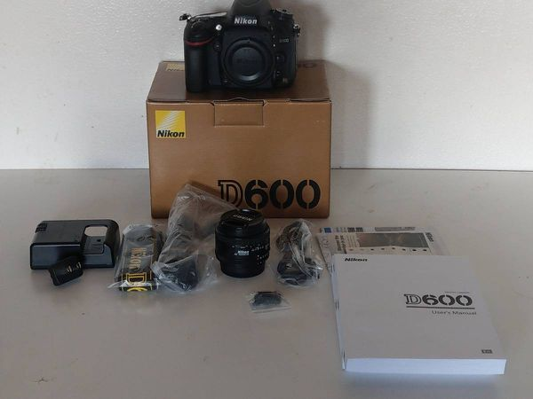 Nikon D600 Full Frame DSLR Camera Body with 50mm and 17-50 wide angle-