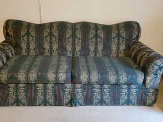 Couch And Loveseat $100.00 for Sale in House Springs,  MO