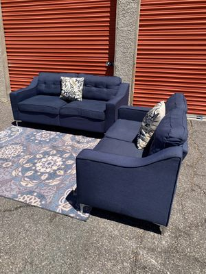 Modern Sofa Set,Delivery Available for Sale in Las Vegas, NV