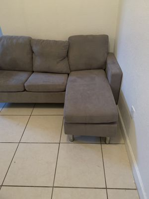 SMAL GRAY SECTIONAL COUCH for Sale in Miami, FL