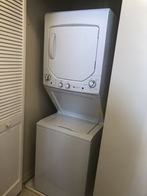 Maytag Washer/Dryer All in One for Sale in Fairfax, VA