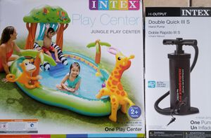 Pool Jungle Play Center with air pump inclueded for Sale in Riverside, CA