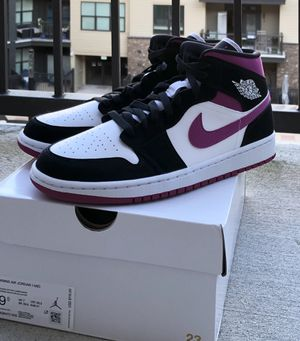 Air Jordan 1 Mid. Brand New. Women's Size 9.5 for Sale in Atlanta, GA