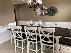 Dining Table for Sale in Bloomington, IL