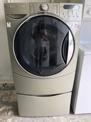 Kenmore elite Washer in excellent conditions and 6 months warranty for Sale in Pompano Beach, FL