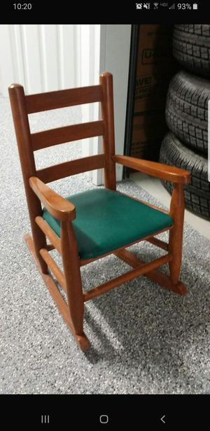 Kids Rocking Chair for Sale in Pflugerville, TX