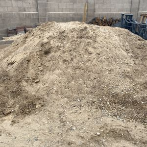 Back Fill Approx 8 Tons Free Come Pick It Up! for Sale in Albuquerque, NM