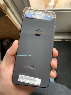 (Unlocked ) iPhone 8 Plus (256 gigs ) for Sale in Milton, PA