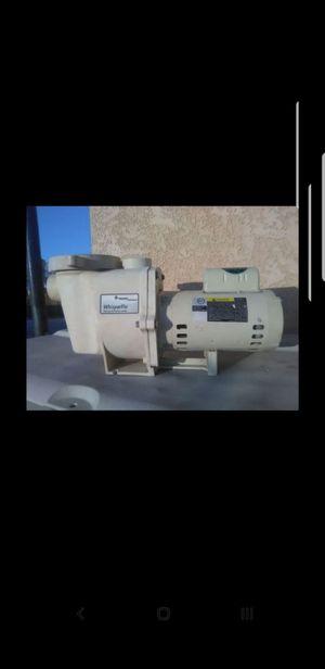 Pentair 1 1/2 hp whisperflo for Sale in Glendale, AZ