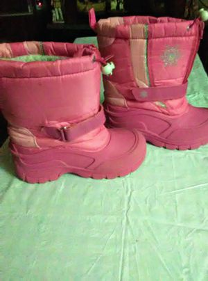 Girls size 4 Medium Snow boots for Sale in Bean Station, TN