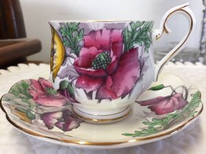 "ROYAL ALBERT ""POPPY"" TEA CUP/SAUCER for Sale in Scappoose, OR"