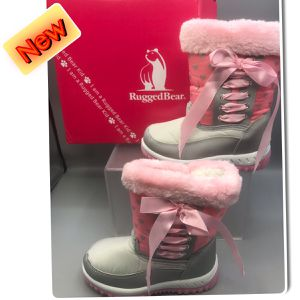 Rugged Bear adorable Little Girls Winter boots pick up Tinton Falls NJ for Sale in Red Bank, NJ