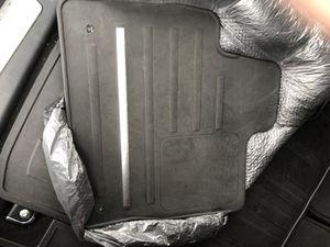 Range Rover Evoque Rubber Mats for Sale in Tempe, AZ