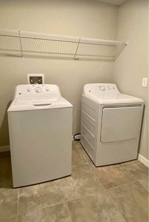 GE washer and electric dryer for Sale in NEW PRT RCHY, FL